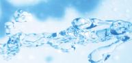 洗剤を使わず、南アルプスの天然水で羽毛をしっかり洗浄